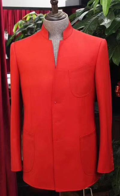 红色女士职业装